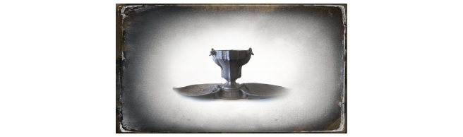 •• SLIDE – French Art Nouveau Pewter Centrepiece by Siot Decauville Signed L. Kann smaller